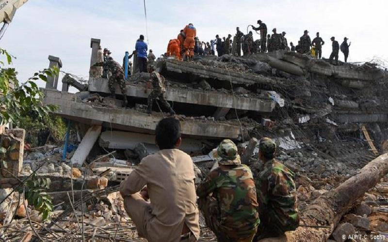 Photo of Terminan las tareas de rescate en el edificio derrumbado en Camboya con 36 muertos