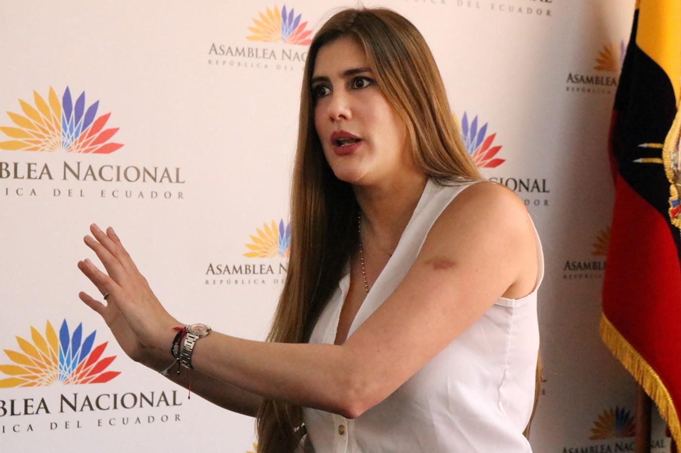 Photo of Cristina Reyes: El Gobierno ha visto al Seguro Social como una caja grande a la que le pueden meter la mano