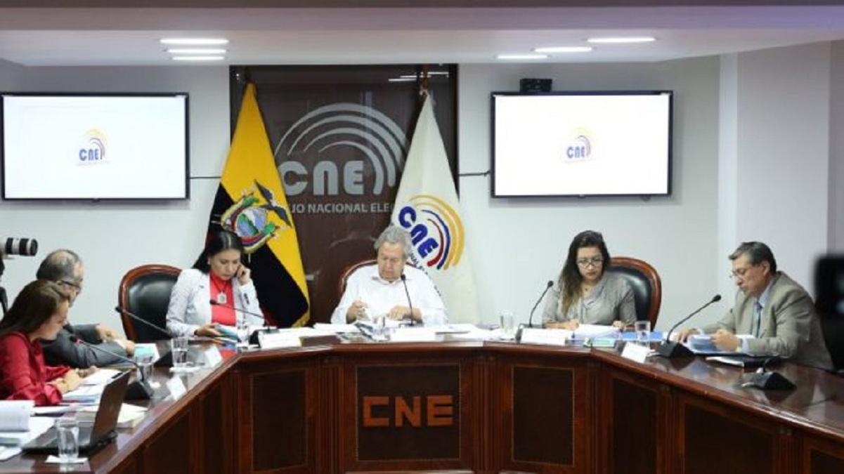 Photo of Cruce de acusaciones en el Pleno del CNE