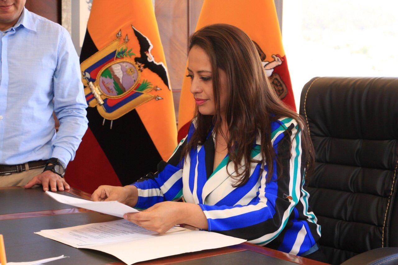 Photo of Arcotel dispone extinción de título habilitante a radio de Prefectura de Pichincha