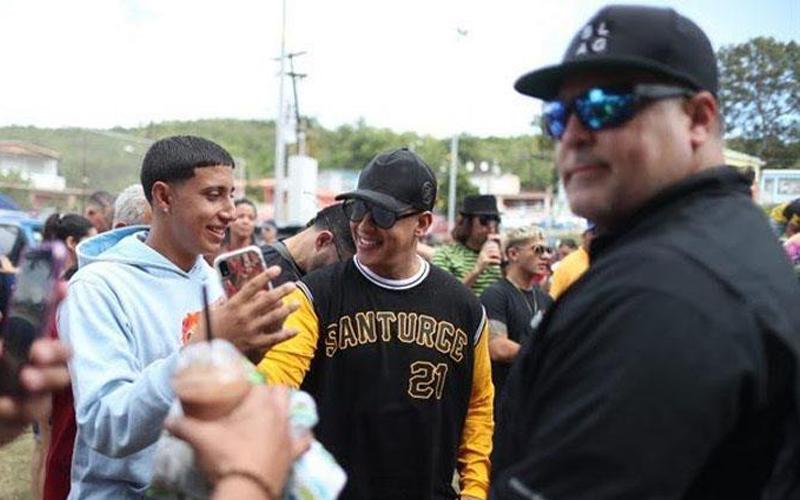 Photo of Daddy Yankee lleva ayuda a los damnificados del sur de P.Rico