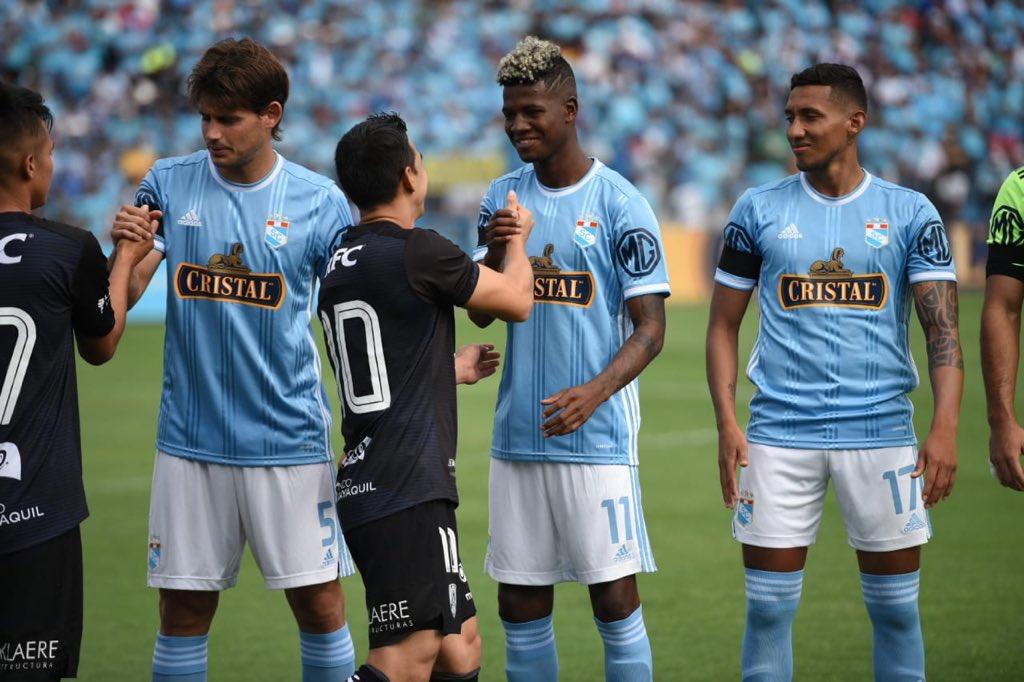 Photo of El Campeón de la Sudamericana se hizo respetar en Gallardo y se lleva un empate en la presentación de Cristal