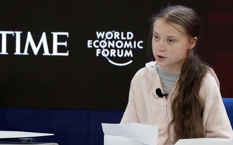 Photo of Thunberg acusa a los líderes de haberse rendido ante el calentamiento global