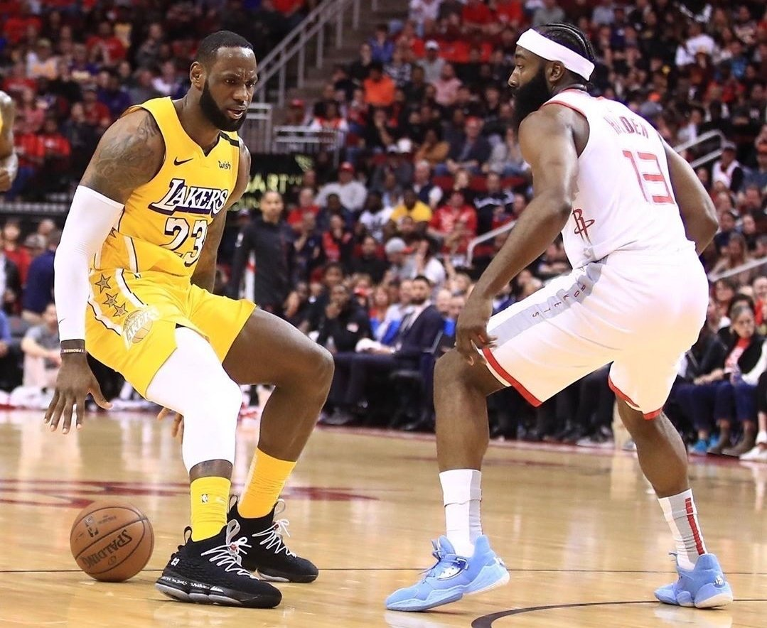 Photo of Los Lakers reaccionan y vencen a los Rockets de Houston