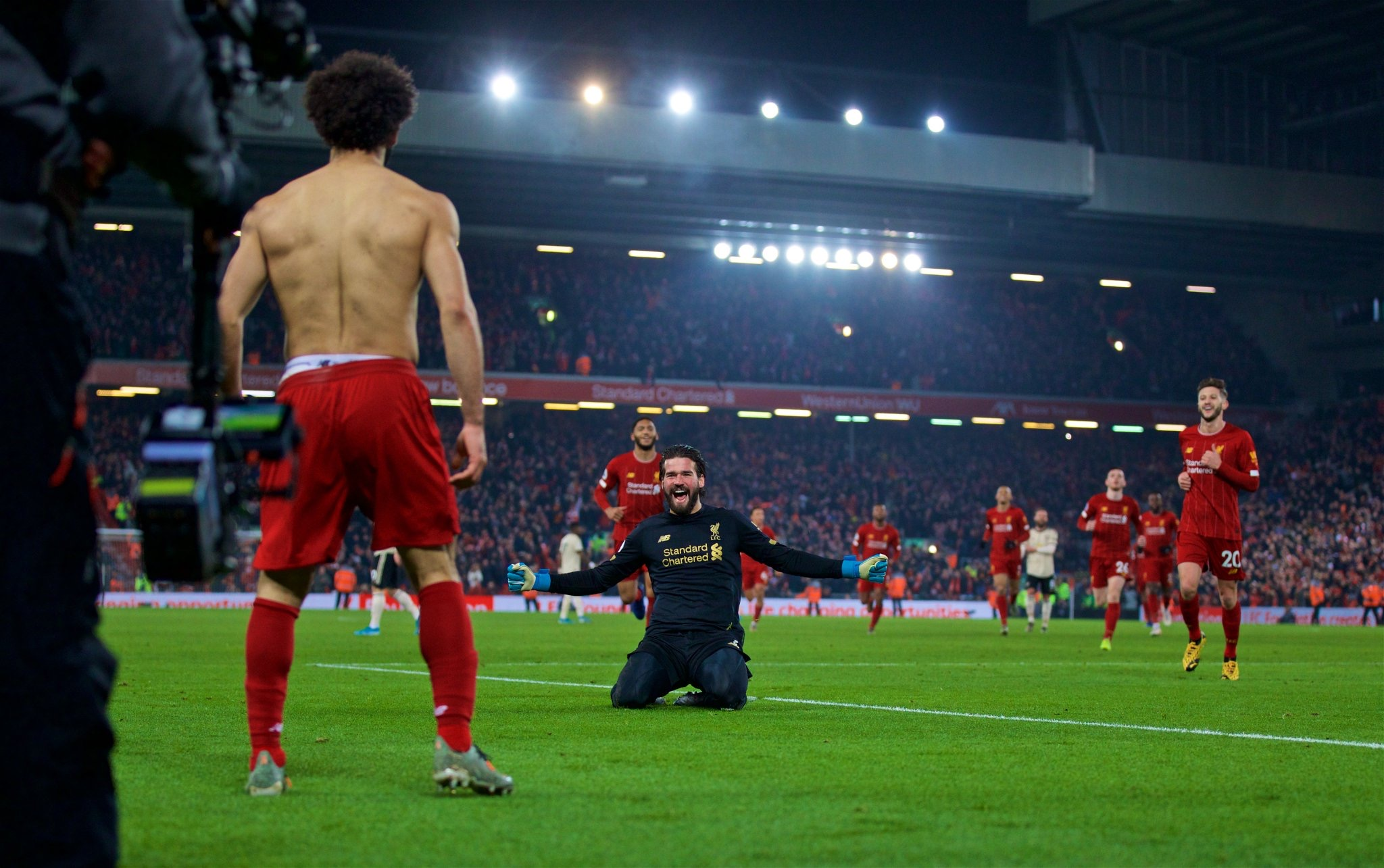 Photo of El Liverpool se queda con el derbi frente al Manchester United