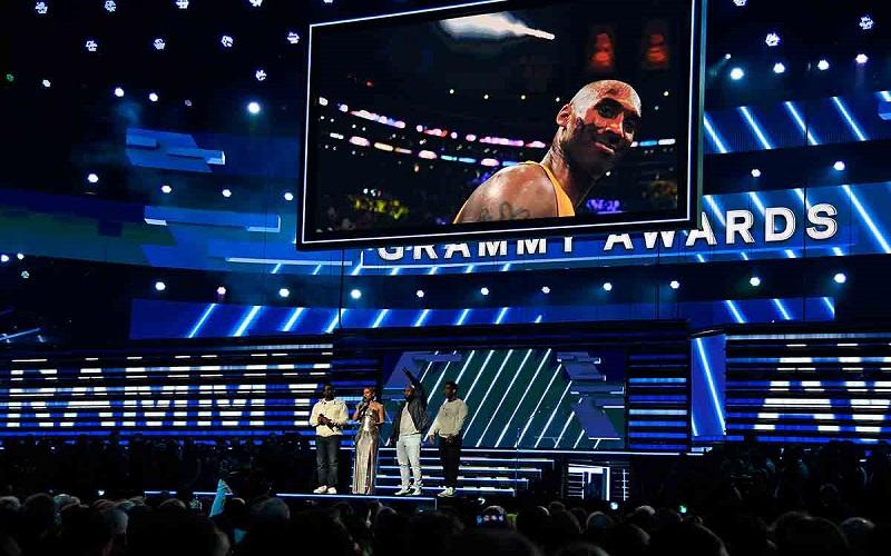 Photo of ¡Esta noche es por Kobe!; el Grammy recuerda a la leyenda