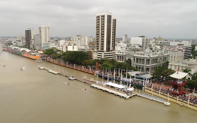 Photo of Arte y música en los espacios más concurridos del Malecón Simón Bolívar