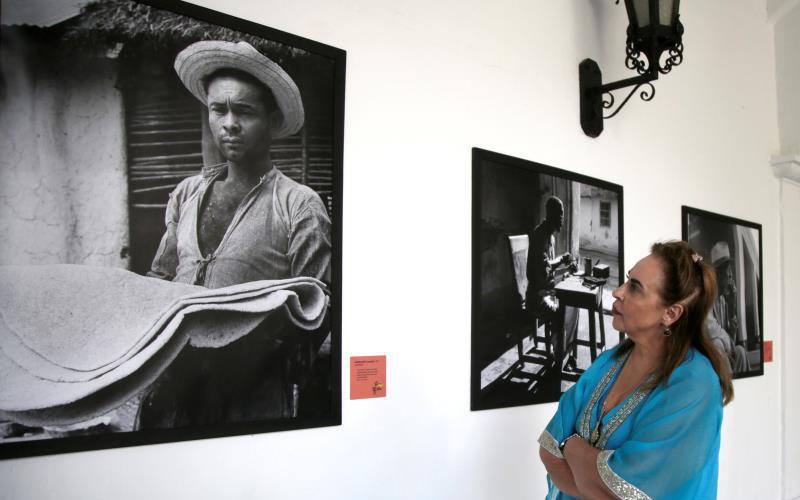 Photo of El Macondo retratado por Leo Matiz se expone junto a restos de García Márquez