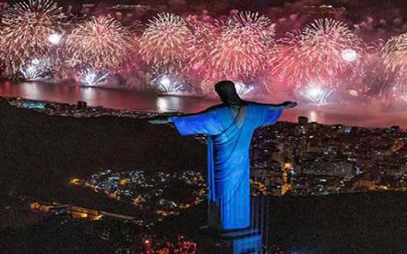 Photo of Río recibe el 2020 con nuevo récord de asistencia en su fiesta de fin de año