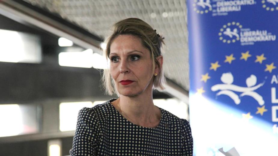 Photo of La ex eurodiputada Beatriz Becerra advirtió que la UE debe establecer las consecuencias del ingreso de Delcy Rodríguez a España