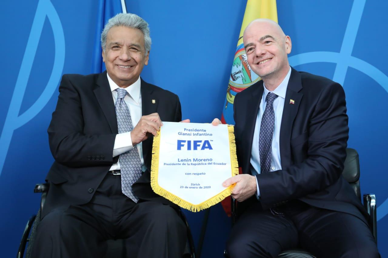 Photo of Moreno presenta a la FIFA el proyecto 'Juego Limpio' pensando en el Mundial 2030