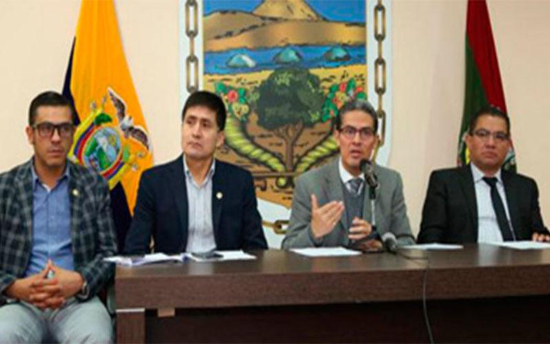 Photo of Alcalde de Ambato pide intervención de la Fiscalía para sancionar a comerciantes agresores