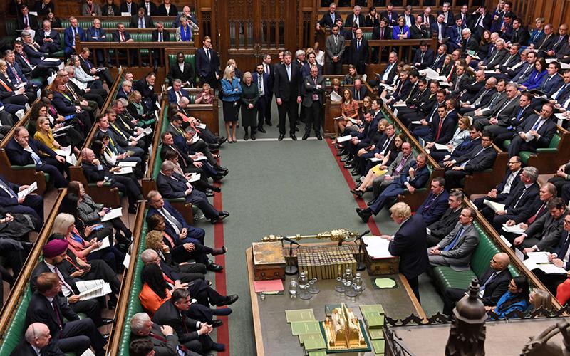 Photo of El Parlamento europeo ratifica el Brexit: el Reino Unido abandona la UE tras casi 50 años de tensa convivencia