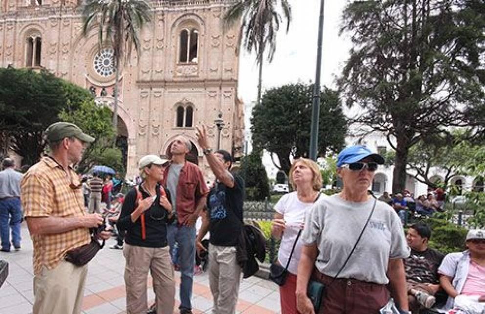 Photo of Gobierno destina $ 30 millones para impulsar el turismo local en el Ecuador
