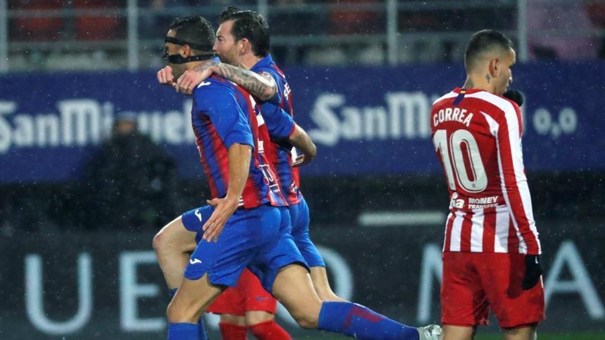 Photo of El Atlético de Madrid naufragó en Eibar con una derrota