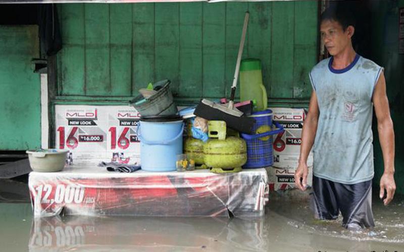 Photo of Las inundaciones en Yakarta dejan ya más de veinte muertos y numerosos desaparecidos