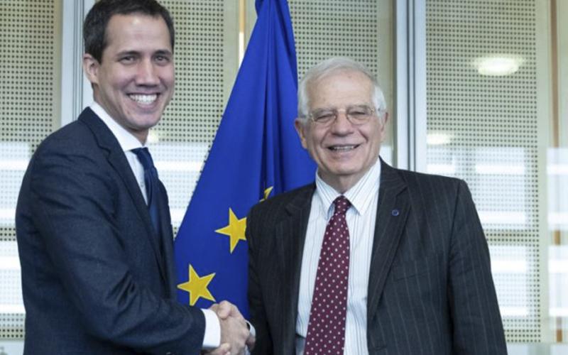 Photo of Borrell y Guaidó piden «enfoque común» para un proceso político en Venezuela