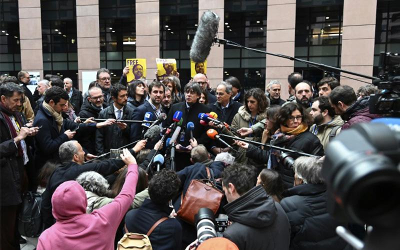 Photo of Líder independentista catalán logra llevar su causa al corazón de Europa