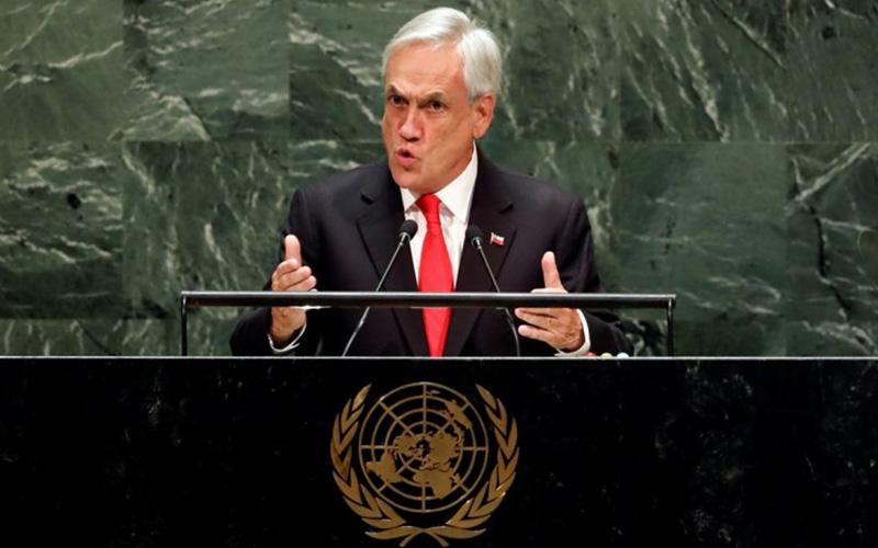 Photo of Popularidad de Piñera vuelve a caer en mínimo histórico
