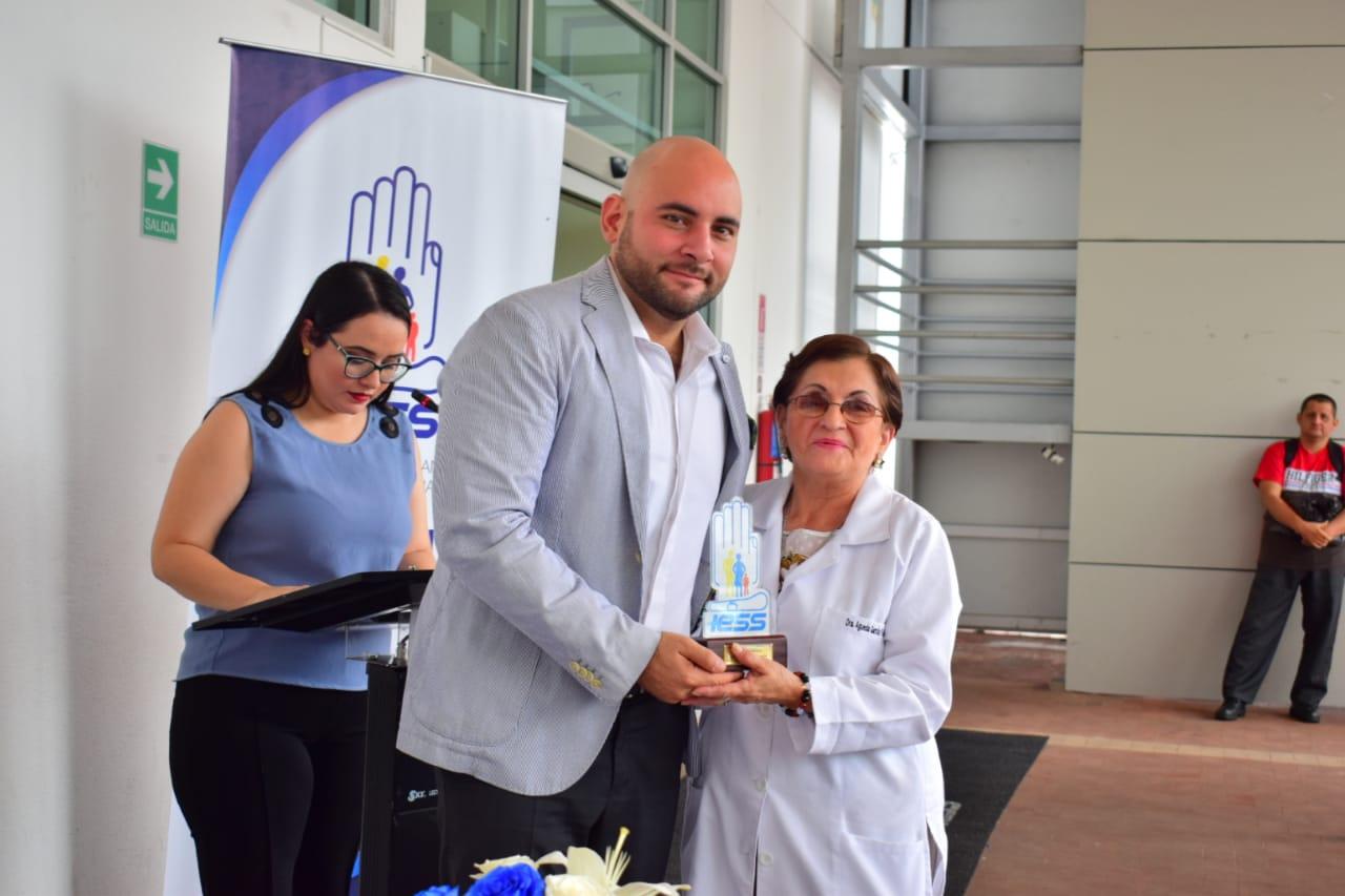 Photo of Hospital del Día Efrén Jurado López celebra su noveno aniversario