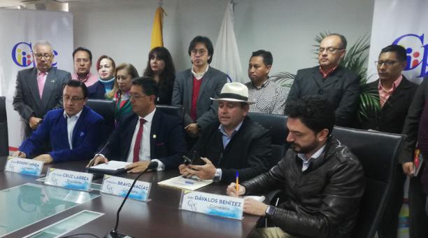 Photo of Vocales del Cpccs dicen que una consulta popular vulnera derechos de participación