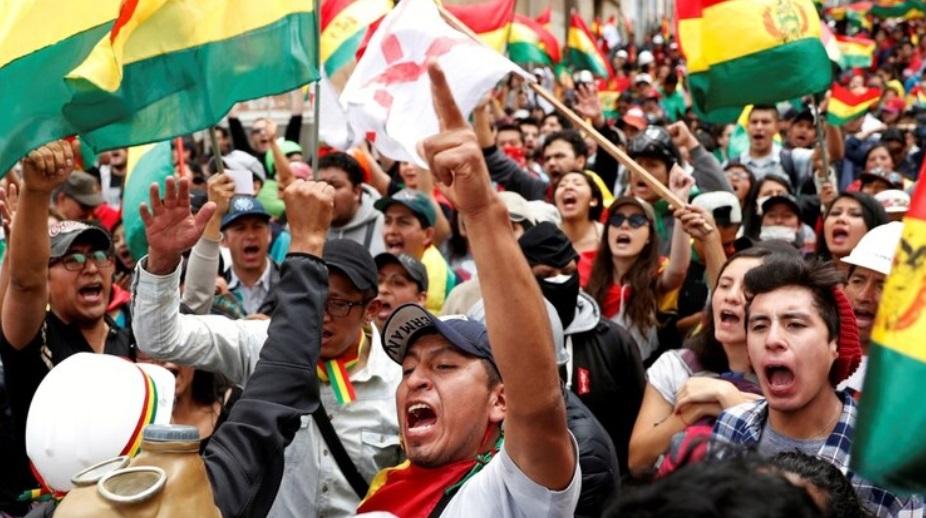 Photo of Anuncian nuevas movilizaciones en Bolivia ante el temor de que Evo Morales sea habilitado como candidato a senador