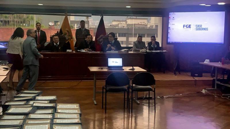 Photo of Testimonios de proveedores buscan dar forma a tesis fiscal en el caso Sobornos 2012-2016