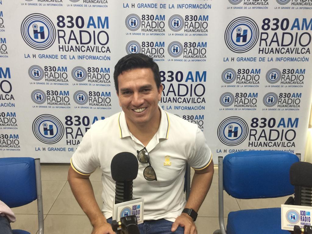 Photo of Pool Gavilánez se destapa y se defiende: «Yo estoy dando una conferencia de prensa a periodistas deportivos»