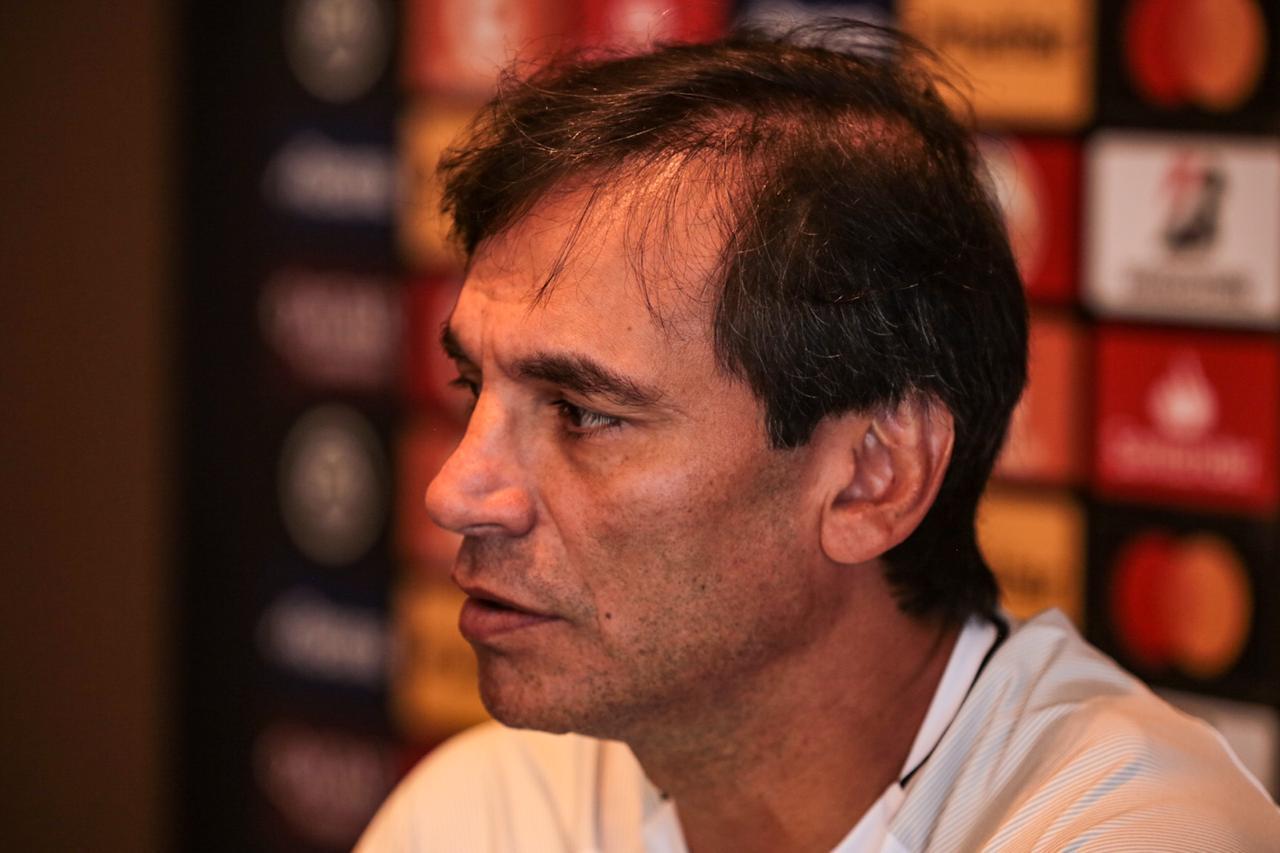 Photo of Bustos: «Hay que respetar la camiseta, Jugaremos con seriedad. El triunfalismo no existe para BSC»