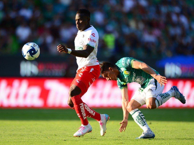 Photo of León de Ángel Mena derrota 2-1 al Necaxa de Kevin Mercado