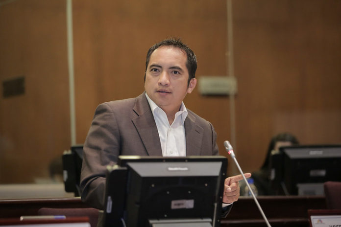 Photo of Yofre Poma exige su principalización en la Asamblea ya que no hay una sentencia ejecutoriada en su contra