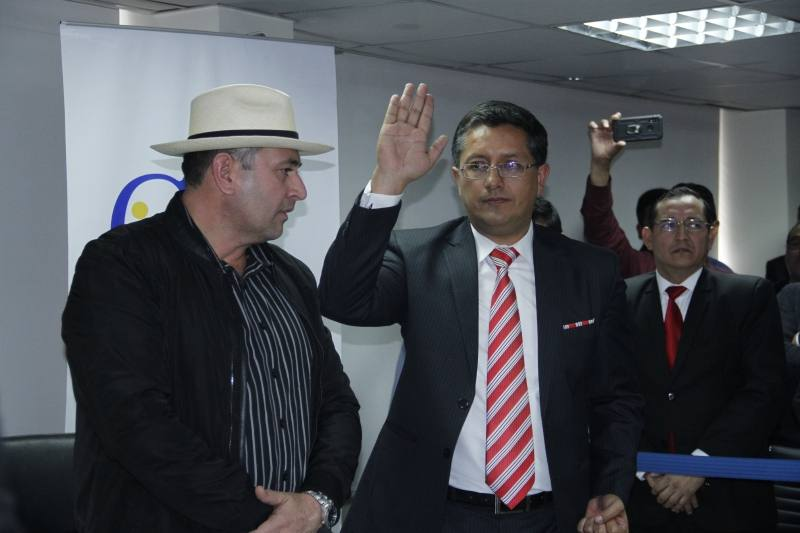 Photo of Presentan denuncia contra presidente del Cpccs, Christian Cruz
