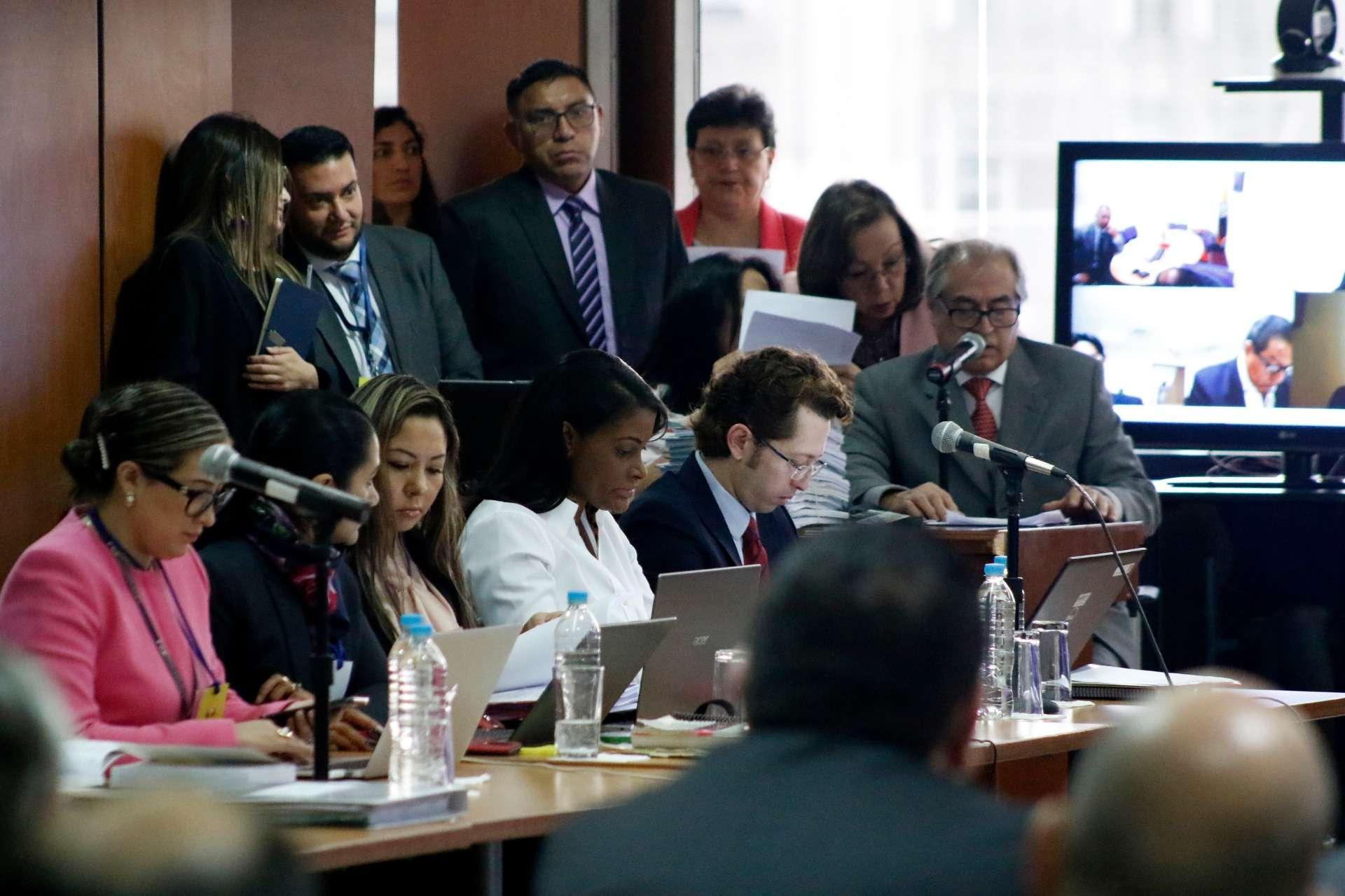 Photo of Sobornos: en juicio apuntan a Correa como 'líder delictivo'