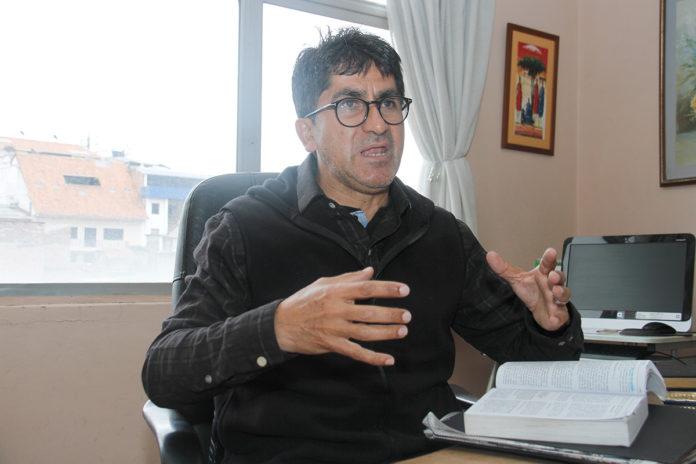 Photo of Vargas: es viable hacer minería responsable en Ecuador