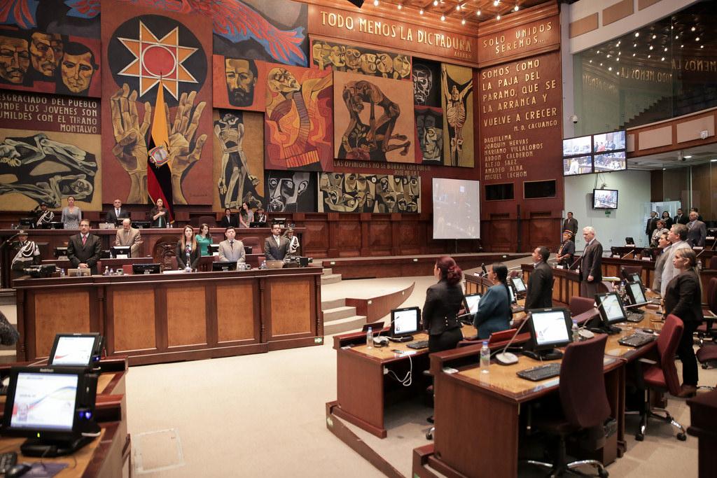 Photo of Asamblea se reinstala para votar sobre veto parcial Ley de Emprendimiento y el texto va al Registro Oficial