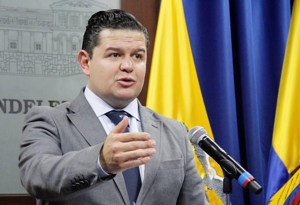 Photo of Roldán: en la OEA se necesita a alguien con claridad de enfrentar dictadura y no cercano a países del ALBA