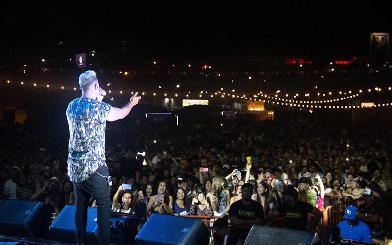 Photo of La Fiesta de Todos en Manta reunió a 12.000 ecuatorianos para celebrar la identidad de nuestra cultura en Carnaval