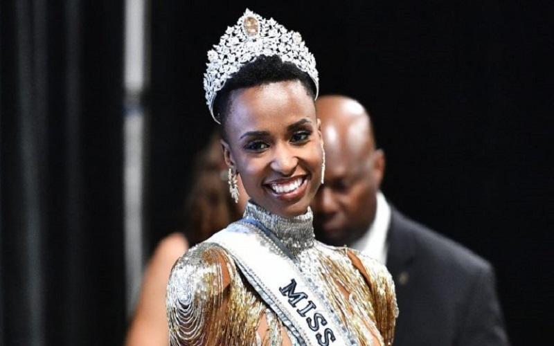Photo of La emotiva bienvenida de Sudáfrica a Zozibini Tunzi, Miss Universo 2019