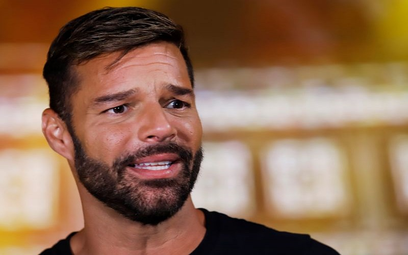 Photo of Ricky Martin comienza con éxito rotundo en Puerto Rico su gira «Movimiento»