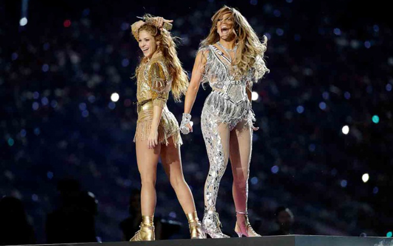 Photo of Super Bowl frena caída en nivel de audiencia; ¿Fue el partido, Shakira o J.Lo?