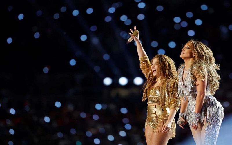 Photo of Shakira y JLo dan mensaje de orgullo latino y poder femenino en el Super Bowl