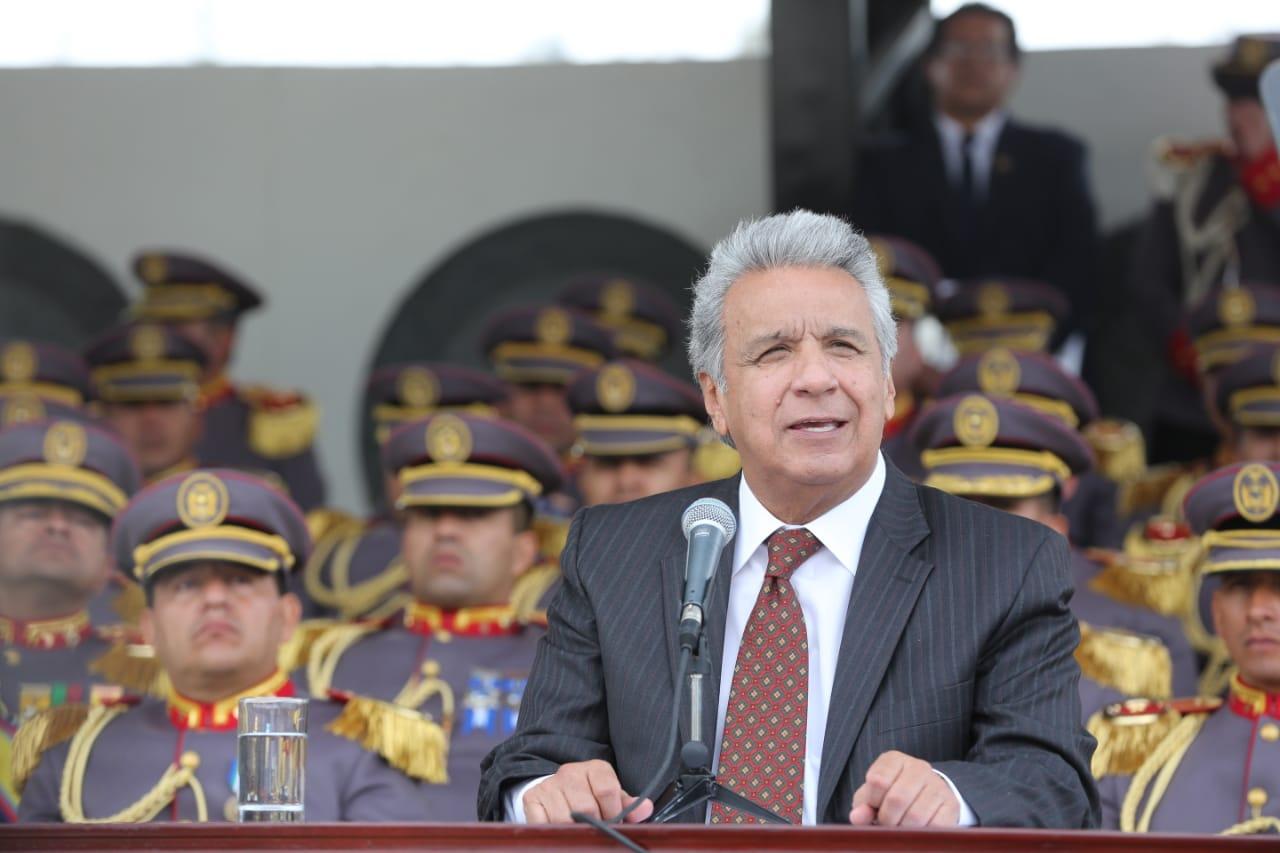 Photo of Moreno reconoce el compromiso de las FF.AA. con la población y la democracia