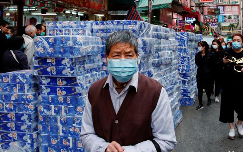 Photo of Millones de chinos regresan a sus trabajos bajo medidas extremas