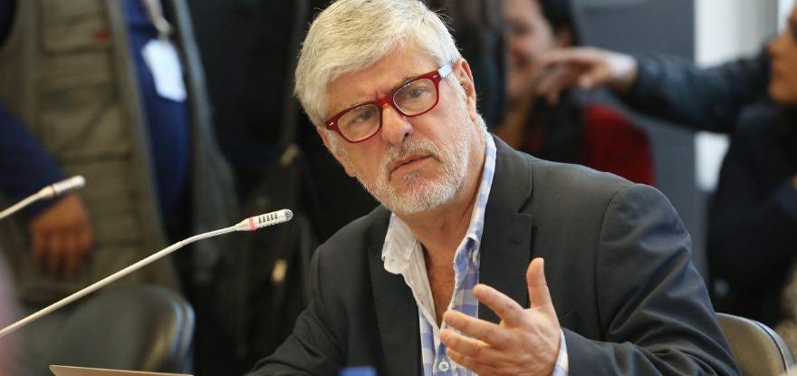 Photo of Fernando Carrión pone en el debate el porte de armas