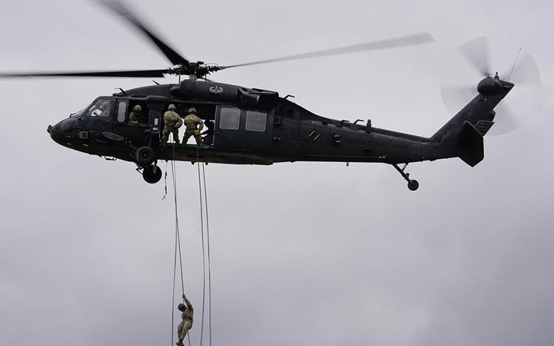 Photo of Trump afirma que EE.UU. suministrará a la India helicópteros y otro equipamiento militar por valor de 3.000 millones de dólares