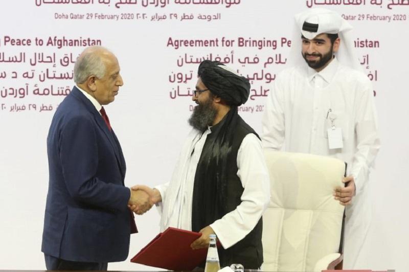 Photo of EEUU firma un acuerdo de paz con los talibanes afganos