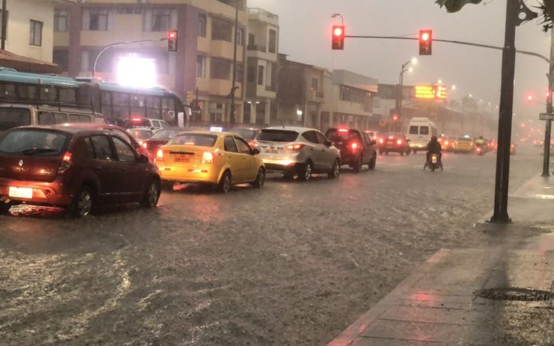 Photo of Intensas lluvias de las últimas horas ponen a prueba el efectivo sistema de drenaje y protocolos de respuesta de instituciones municipales