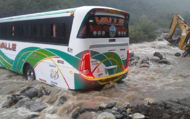 Photo of Las afectaciones por lluvias se elevan en la Costa y Sierra