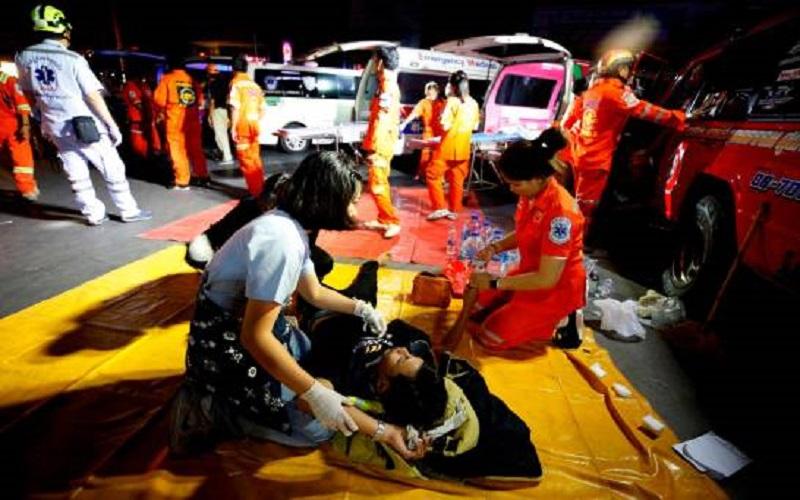 Photo of Una matanza sin precedente en Tailandia se salda con 30 muertos