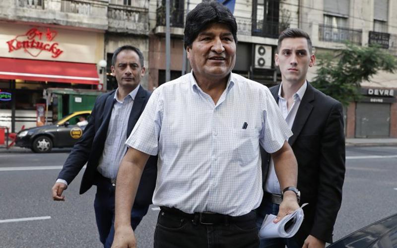 Photo of Tribunal electoral observa registro de Morales y su candidato Arce en Bolivia